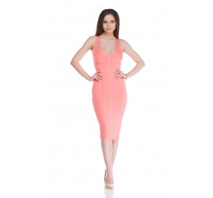 Сукня футляр коралового кольору