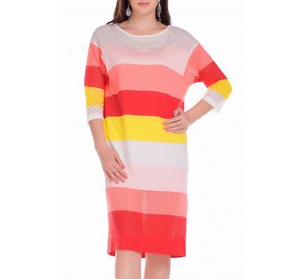 Платье кораллово-розовое с перфорацией