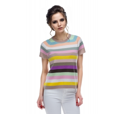 Sweater with colored stripes