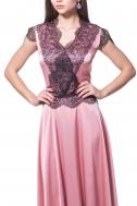 Сукня рожева з чорним мереживом - Фото