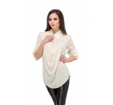 Blouse milky color with drapery