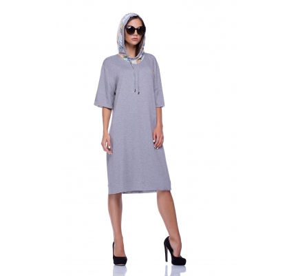 Knitted dress with a colored hood