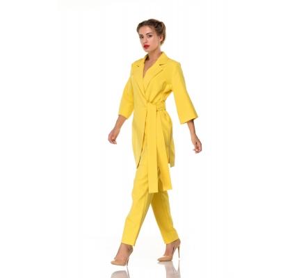 Костюм-пижама желтого цвета
