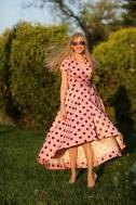 Платье нежно розовое в горошек - Фото