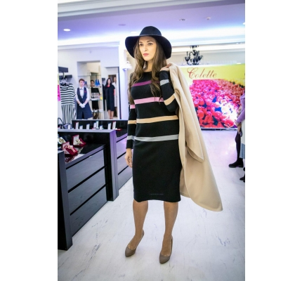 Сукня трикотажна зі смужками чорна