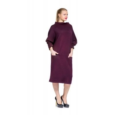 Dress plum color with pockets