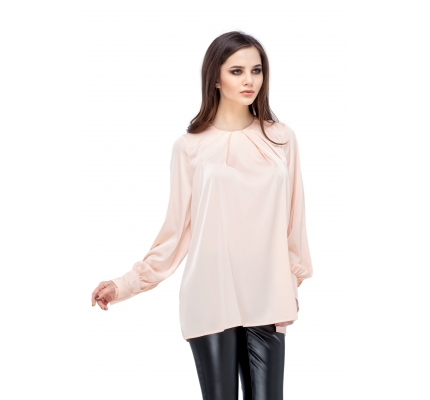 Blouse powdery colors with wide sleeves