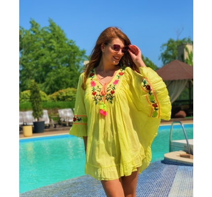 Yellow tunic dress with flowers